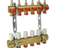 Коллектор укомплектованный для систем напольного отопления 6 выходов
